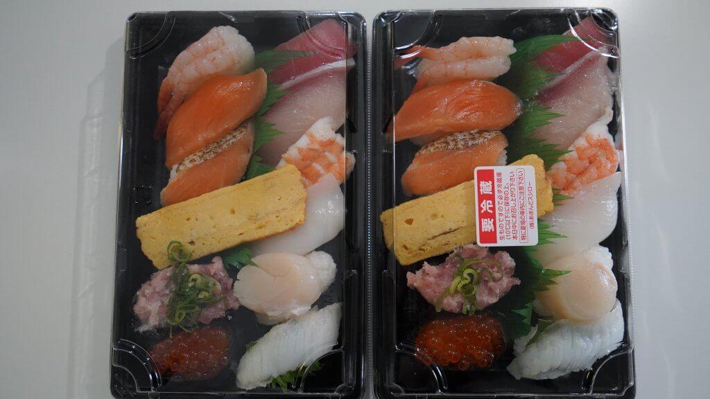 ウーバーイーツで注文した寿司(テスト前)