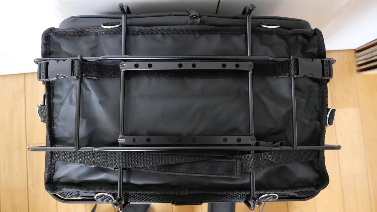 デリバリーバッグ周りのおすすめアイテム(リアキャリア)バッグ固定の仕方